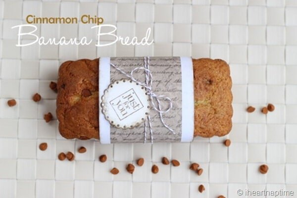 Cinnamon chip banana bread ...super soft with the perfect flavor! #bread #recipes