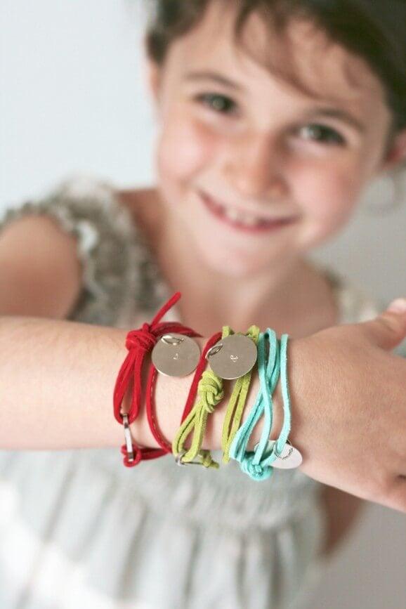 Stamped Friendship #Bracelets #tutorial