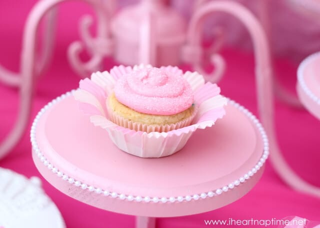 pink-cupcake.jpg