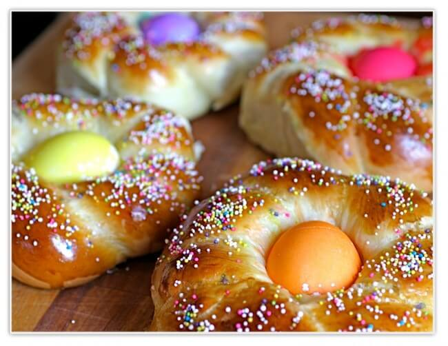 italian easter sweet bread with sprinkles