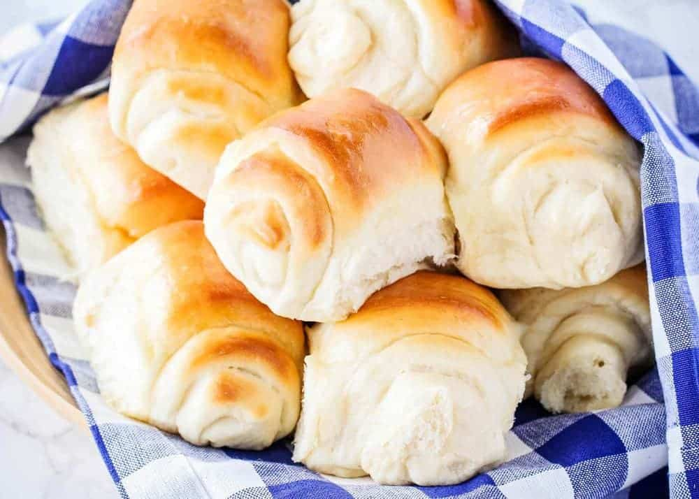 super soft and fluffy lion house roll recipe i heart naptime