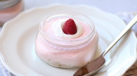 {No bake} raspberry lemonade cheesecake