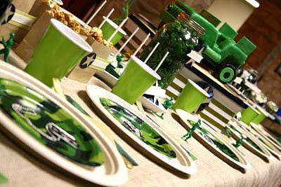 green army man birthday party tablescape