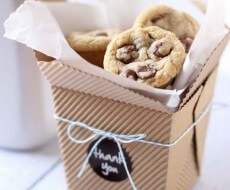 Yummy chocolate chip rolo cookies via iheartnaptime.net #cookies #desserts