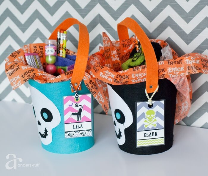 Halloween bag tags