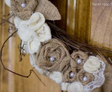 Gorgeous handmade wreath on iheartnaptime.net #DIY #crafts