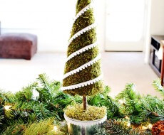 Moss-Christmas-Tree-Tutorial-copy