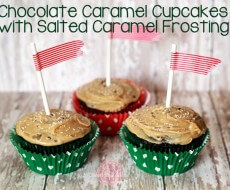 #Chocolate Caramel #Cupcakes with Salted Caramel Frosting by Sweet Rose Studio on iheartnaptime.net