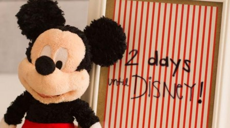 Make a Disney countdown in two simple steps. #disneyland