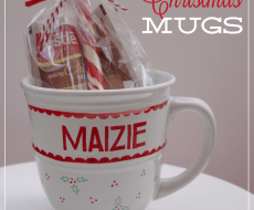 #DIY Christmas Mugs by Kiki and Company on iheartnaptime.net
