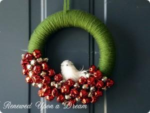 Christmas wreath yarn wrapped