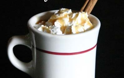A super easy, delicious and healthy holiday drink on iheartnaptime.net #recipes