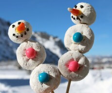 powdered donut snowmen