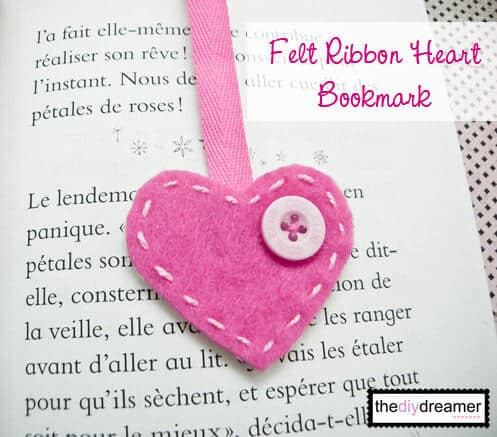 bookmark felt heart