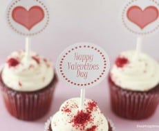 Valentine cupcake toppers {free download} on iheartnaptime.net