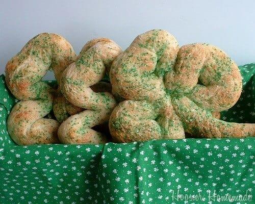 Best Saint Patricks Food and Crafts 27