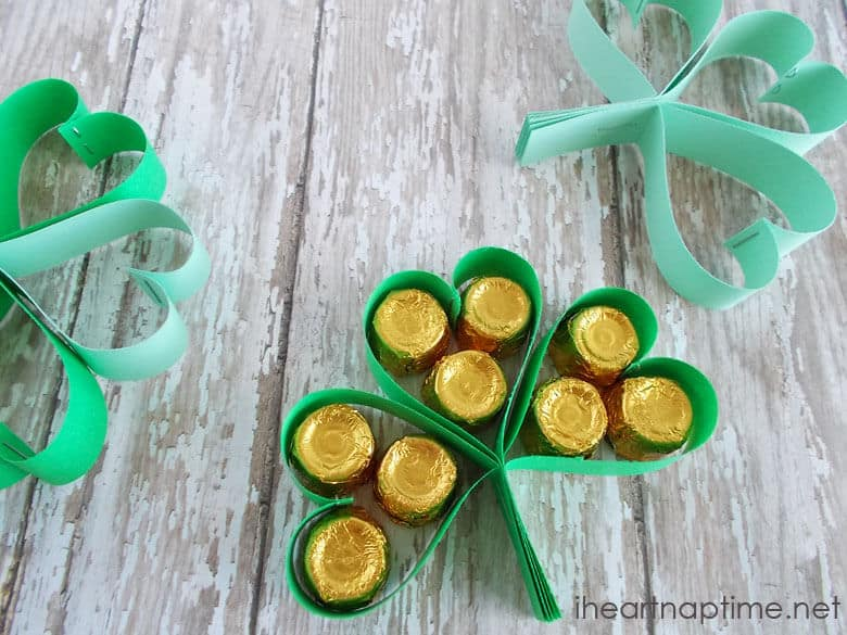 Clover Treats | St. Patrick's Day Party Ideas for DIYers