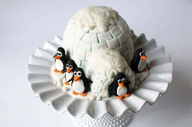 igloo & penguin cake