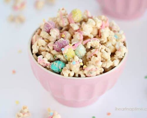 a bowl of cookie butter popcorn