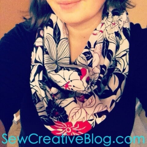 Infinity-Scarf-Tutorial-From-Sew-Creative-Blog-Step-by-Step-Instructions-with-Tons-of-Photos-Great-Beginner-Sewing-Project