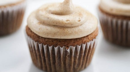 Churro cupcakes with cream cheese frosting.... yum!