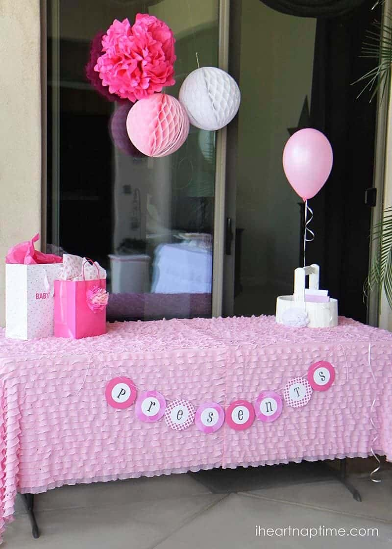 Pink baby shower w printable baby shower games i heart for Baby shower decoration free