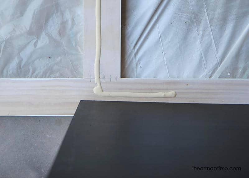 DIY chalk board sign tutorial on iheartnaptime.com