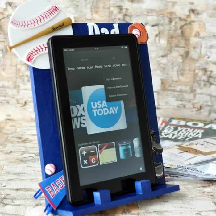 DIY ereader holder @iheartnaptime (2)