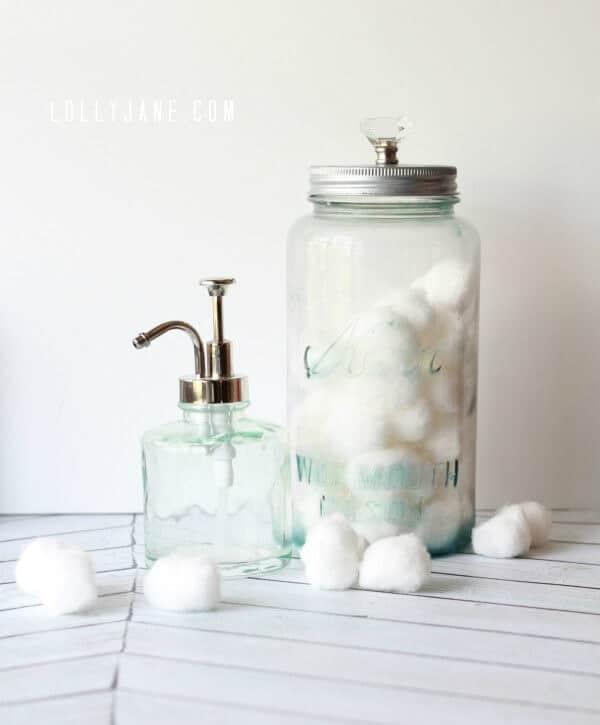 How-to-distress-a-mason-jar-using-glass-paint-via-Lolly-Jane-600x725