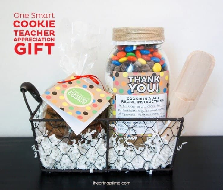 15 awesome teacher gift ideas one smart cookie teacher gift with free printable on iheartnaptime negle Images