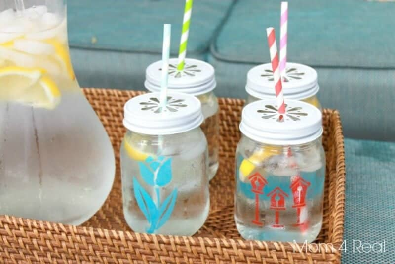 1Stenciled-Mason-Jar-Tumblers-are-too-cute