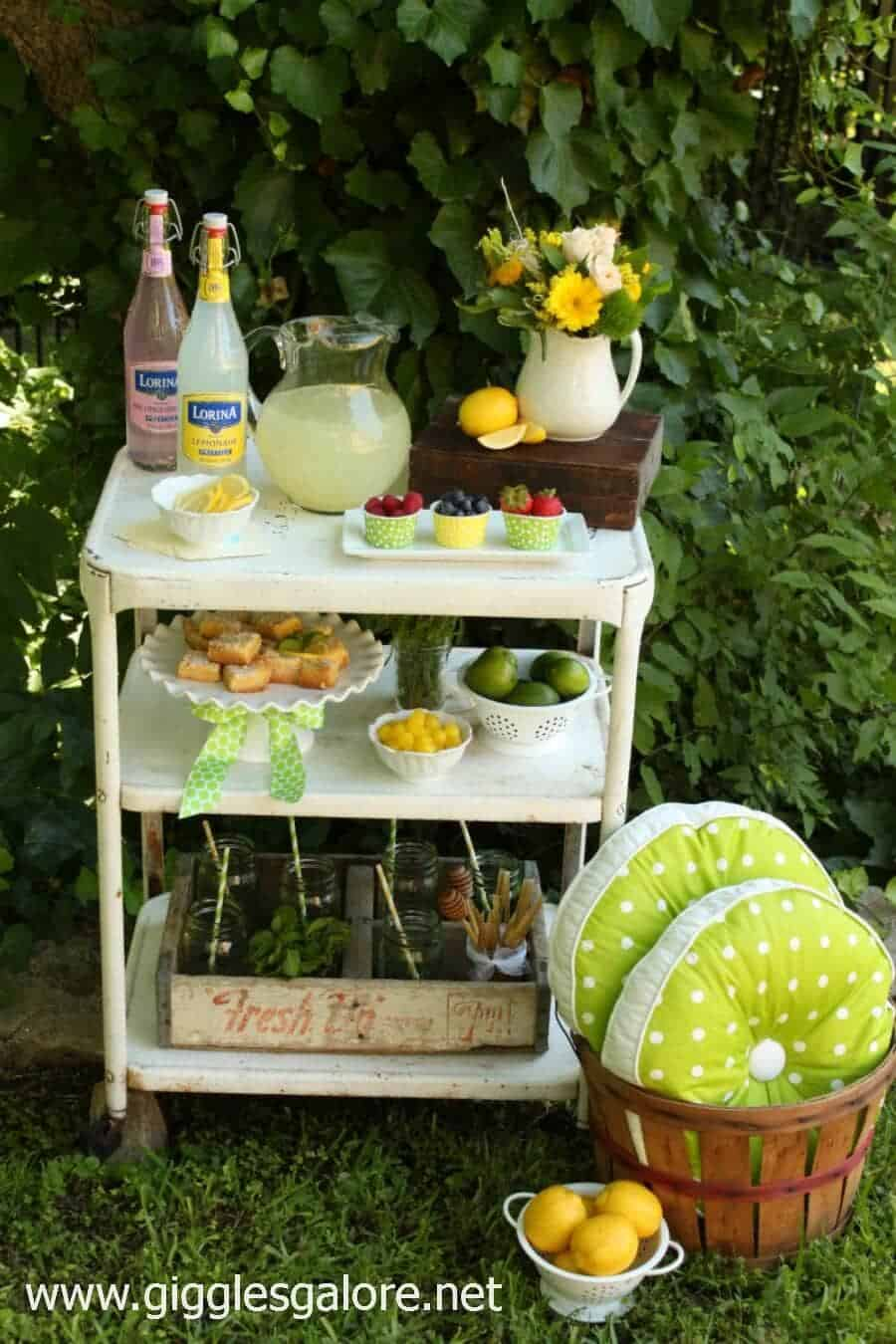 Summer-Lemonade-Bar