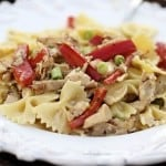 Creamy farfalle chicken pasta recipe on iheartnaptime.com ...seriously one of the best pasta dishes I have ever made!