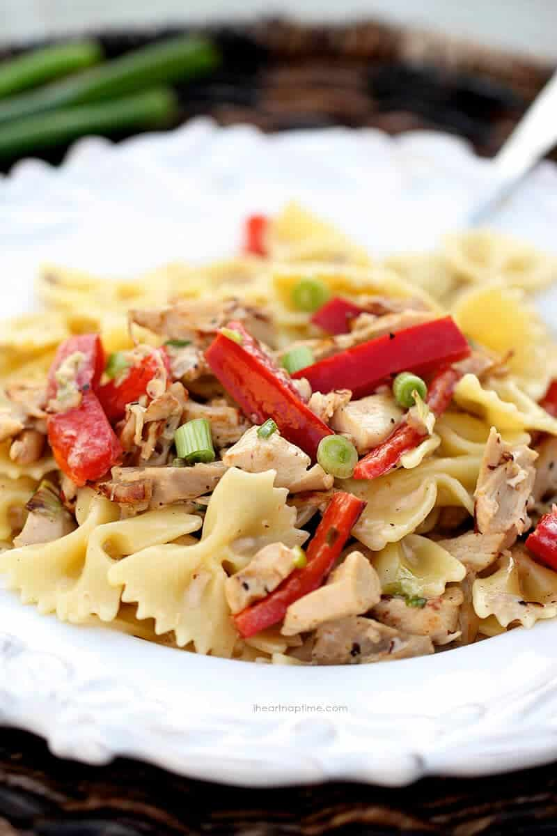 Creamy chicken pasta recipe on iheartnaptime.com ...seriously one of the best pasta dishes I have ever made!
