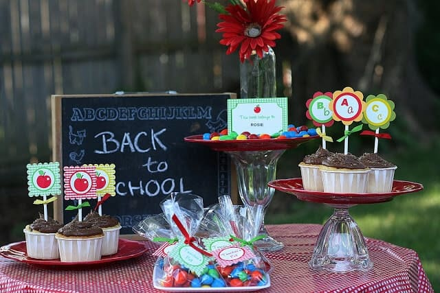 Back to School  Great DIY Party and Celebration Ideas (Part 1)