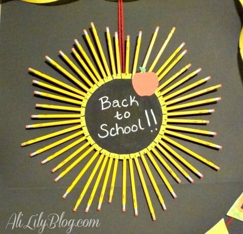 Back-To-School-Pencil-Wreath-How-To