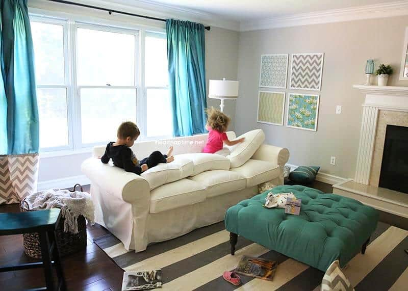30 day living room makeover i heart nap time for Kid friendly family room design