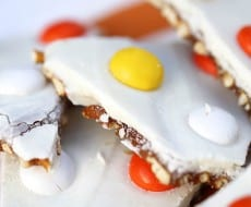 Salted caramel candy corn bark from I Heart Nap Time