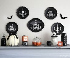 Halloween decor via @iheartnaptime