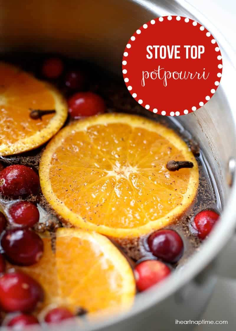 Christmas stove top potpourri on iheartnaptime.com ...makes your home smell like Christmas!