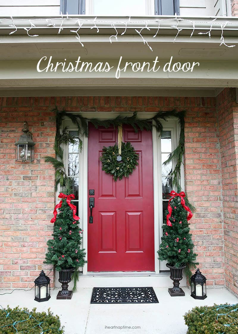 Christmas front door on I Heart Nap Time