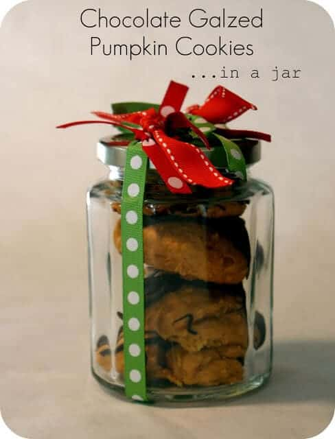 101 inexpensive handmade christmas gifts i heart nap time 101 inexpensive handmade christmas gifts on iheartnaptime chocolate pumpkin cookies in a jar negle Image collections