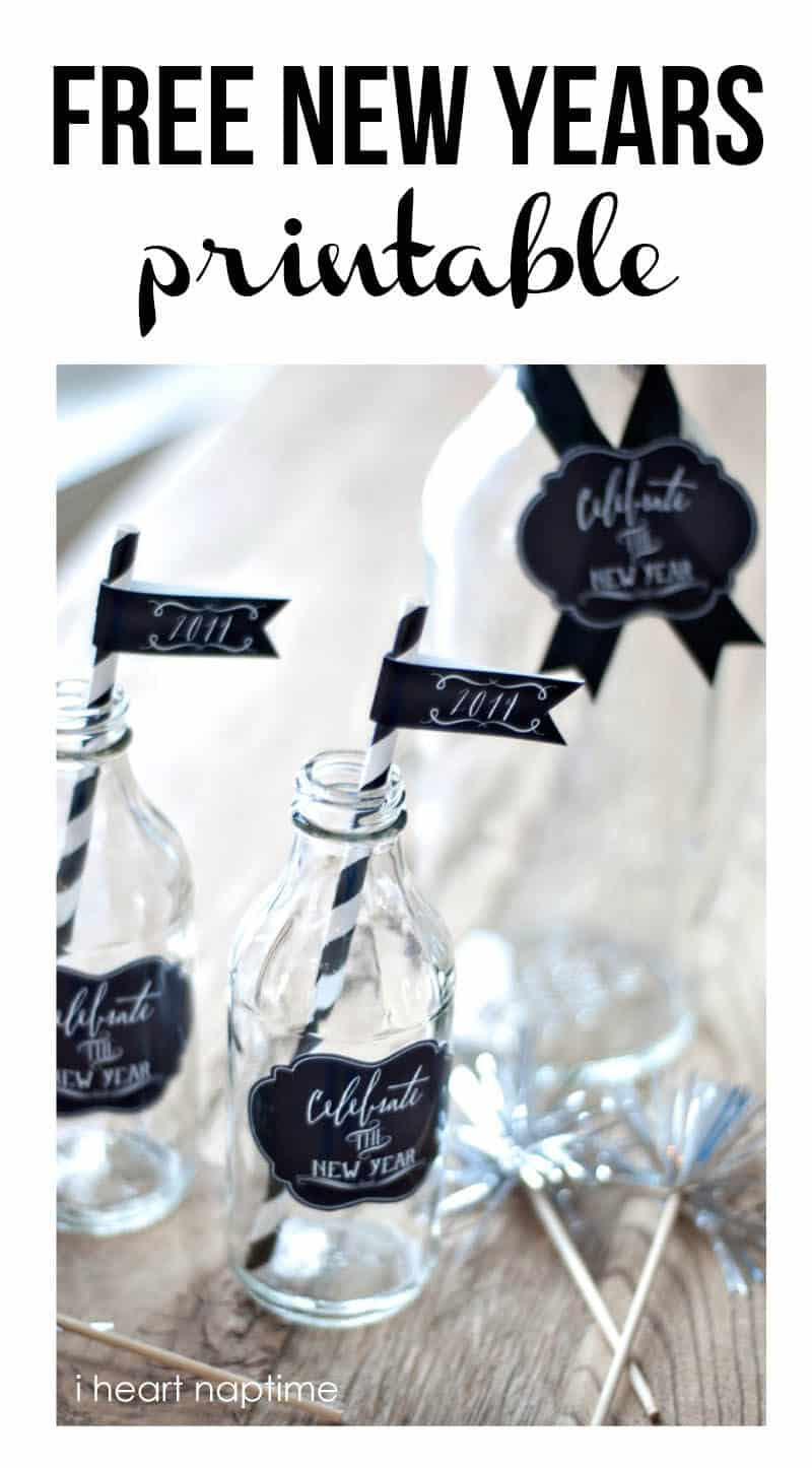 Free New Years printable tags and flags on iheartnaptime.com -so fun!