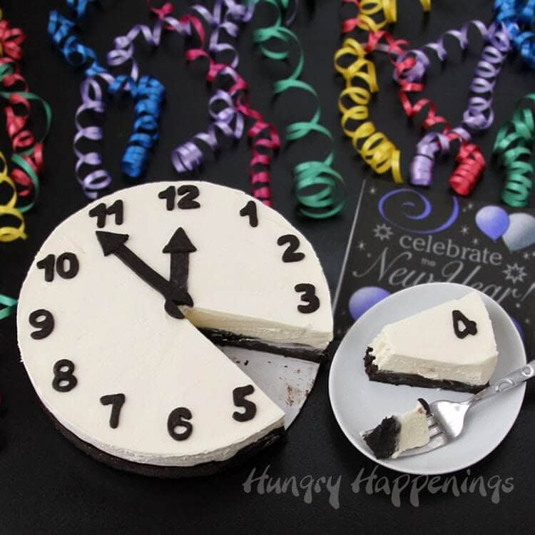 New-years-eve-food-cheesecake-clock-recipe