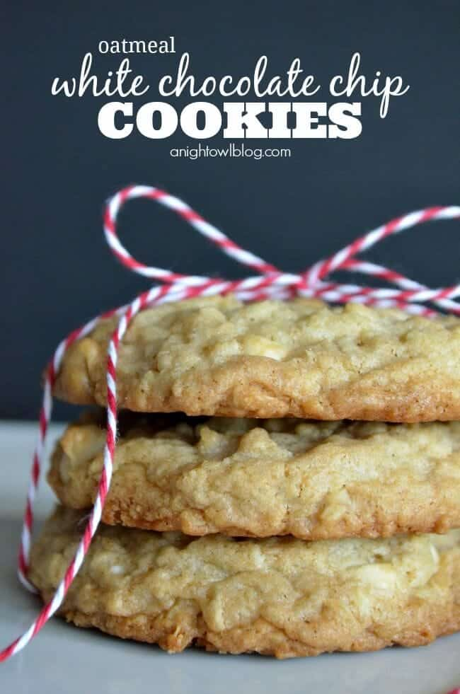 Oatmeal-White-Chocolate-Chip-Cookies-1