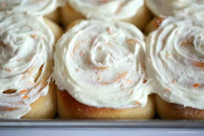Orange sweet rolls on I Heart Nap Time