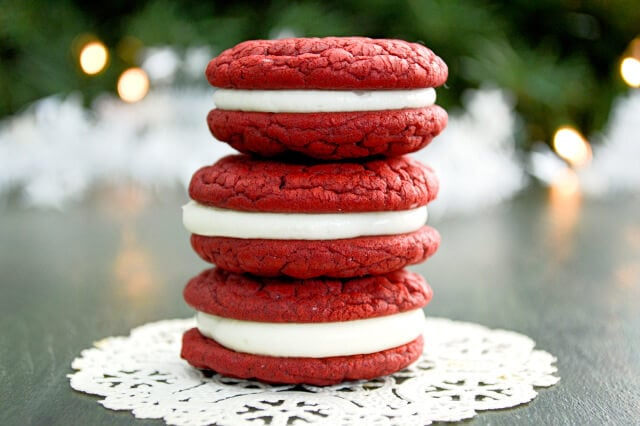 red-velvet-cookies-4
