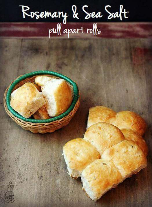 Rosemary-and-Sea-Salt-pull-apart-rolls