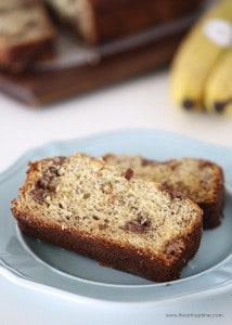 The best chocolate chip banana bread on I Heart Nap Time