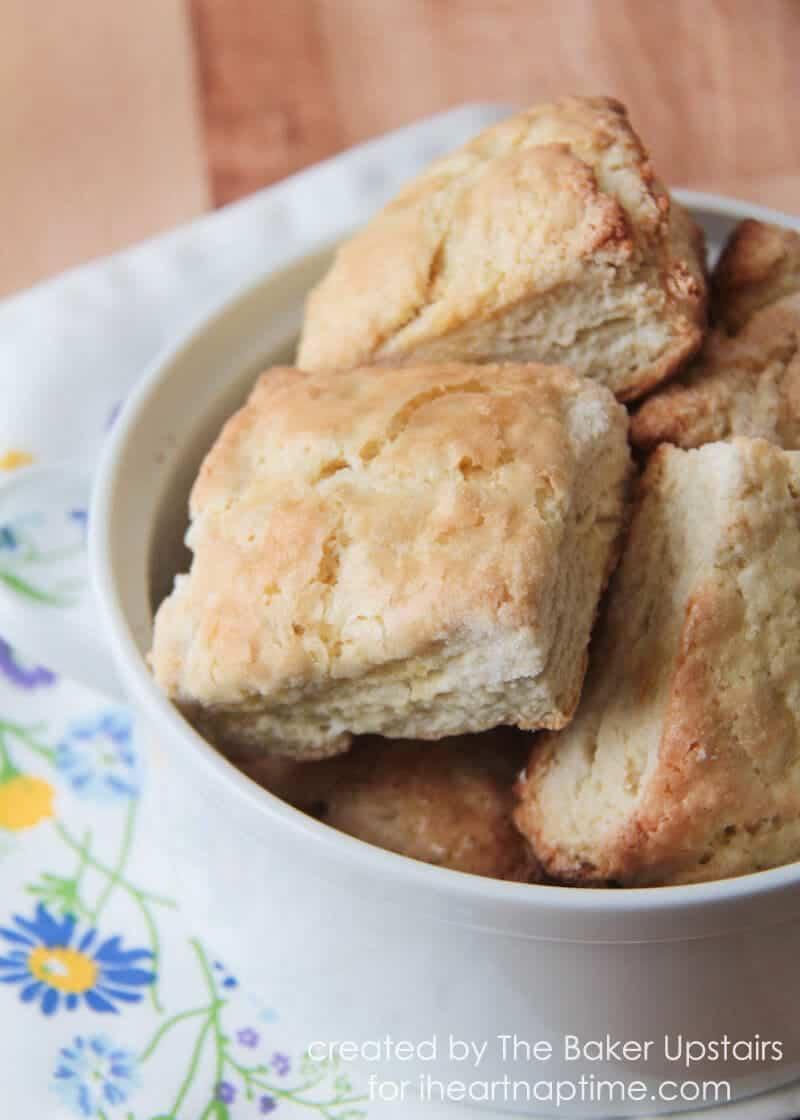 irish scones in bowl